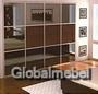 Шкаф с фасадами из стекла и искусственной кожи